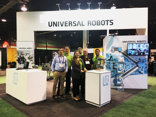 LTW-with-Universal-Robots-Group-Picture-at-The-ASSEMBLY-Show- CoBase™